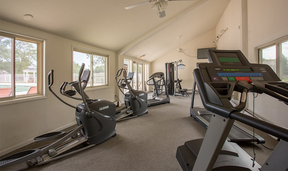 Fitness center at Emerald Springs Apartments in Painted Post