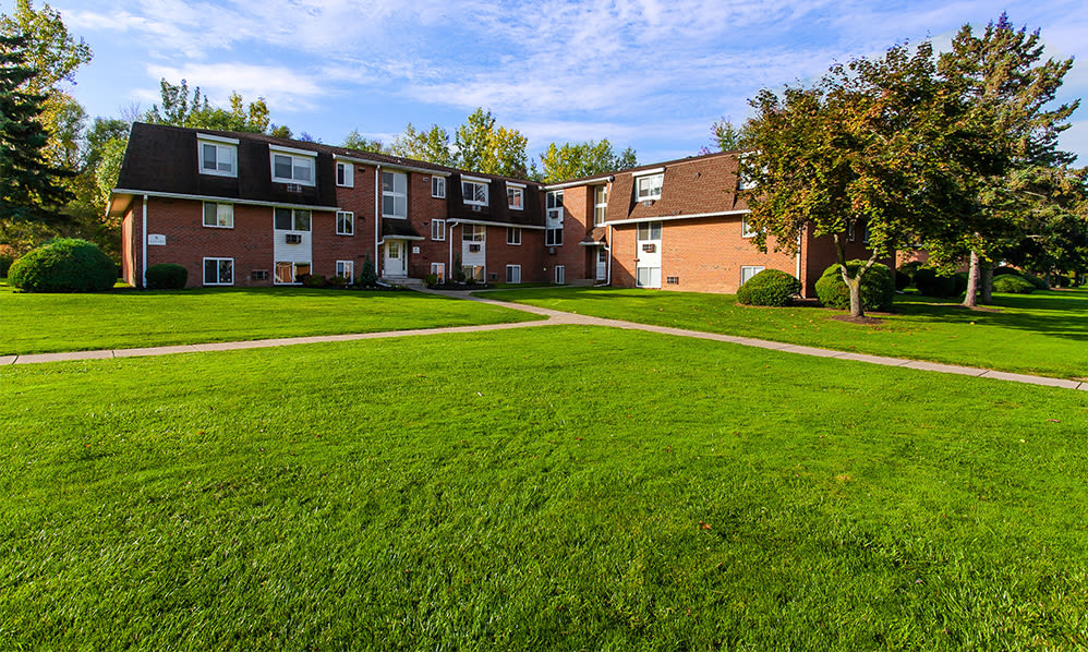 Welcome to Willowbrooke Apartments and Townhomes in Brockport, New York
