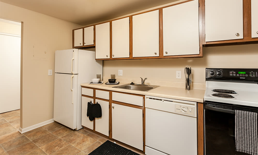 Fully-equipped kitchen at Willowbrooke Apartments and Townhomes in Brockport, New York