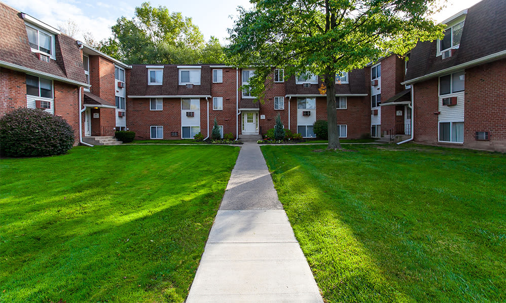 Apartments for rent at Willowbrooke Apartments and Townhomes in Brockport, New York