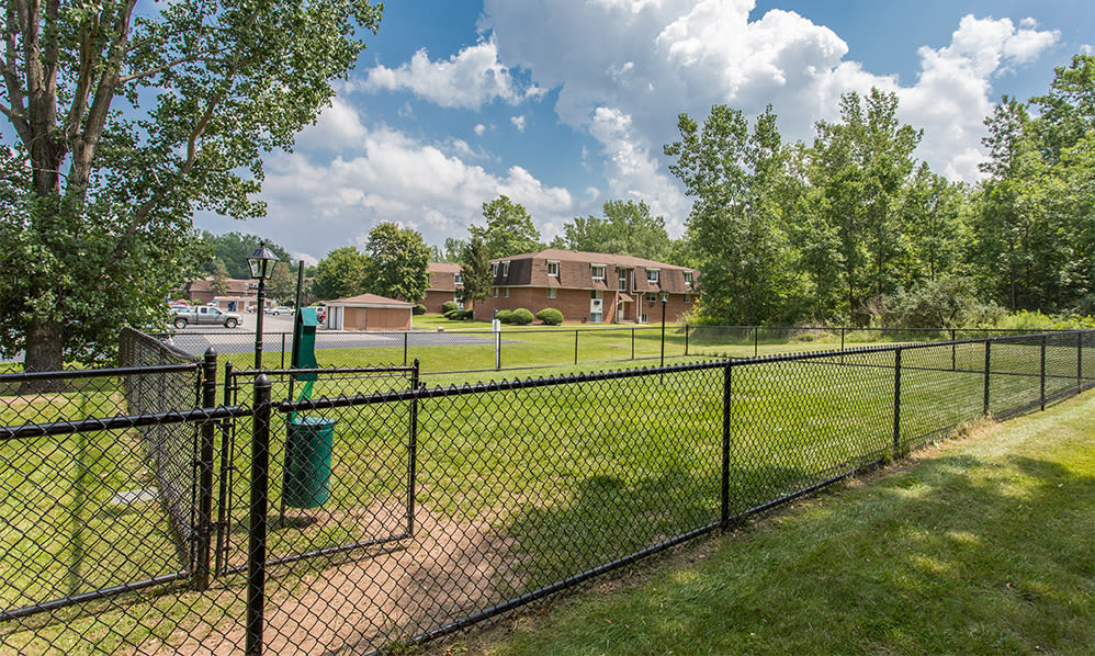 Spacious dog park at Willowbrooke Apartments and Townhomes in Brockport, New York