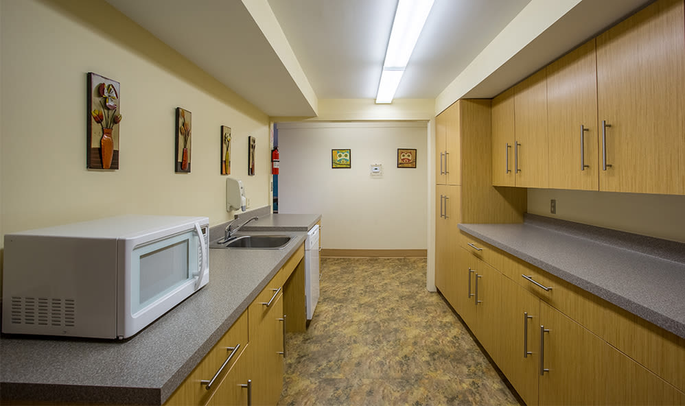 Clubhouse kitchen at Riverton Knolls in West Henrietta, NY