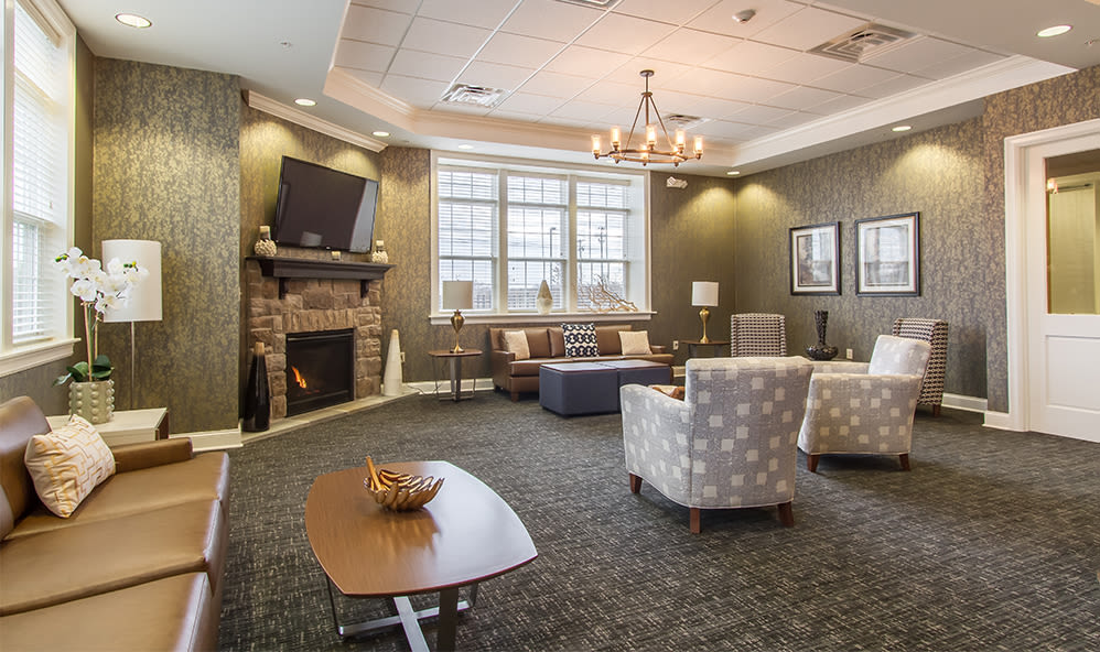 Clubhouse seating at Ethan Pointe Apartments in Rochester, New York