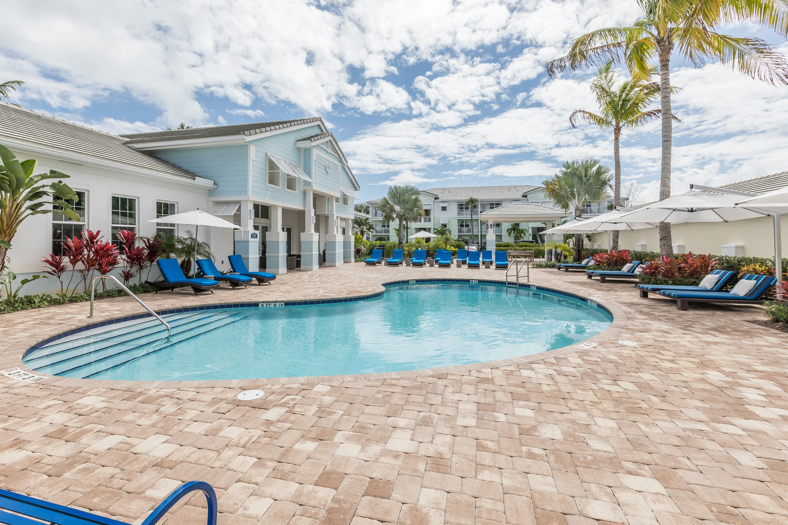 View virtual tour of our swimming pool area at High Ridge Landing in Boynton Beach, Florida