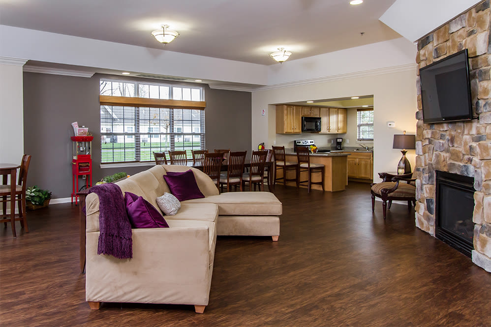 Villas of Victor and Regency Townhomes clubhouse seating in Victor, New York