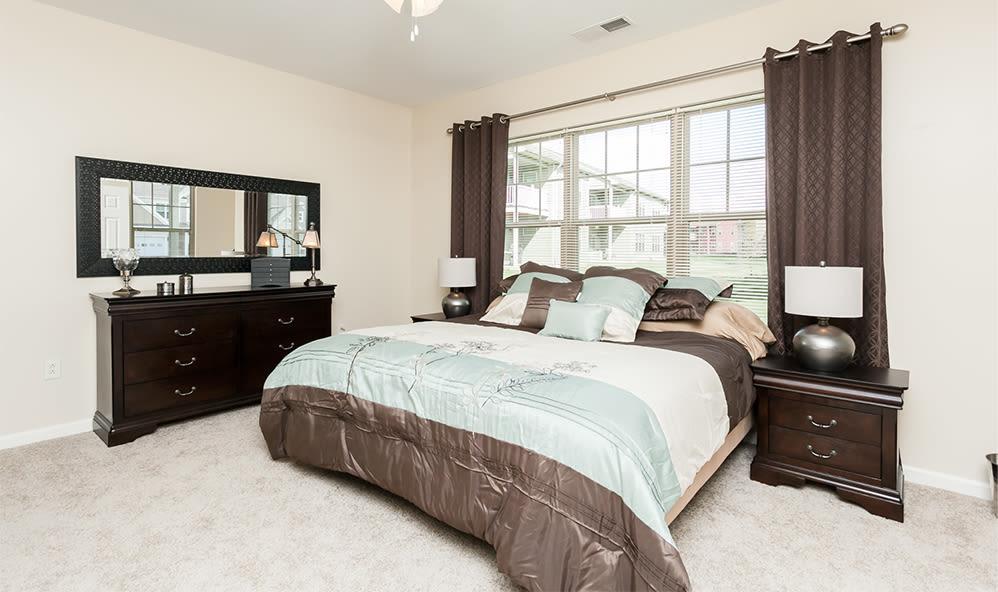 Bedroom at Saratoga Crossing in Farmington, NY