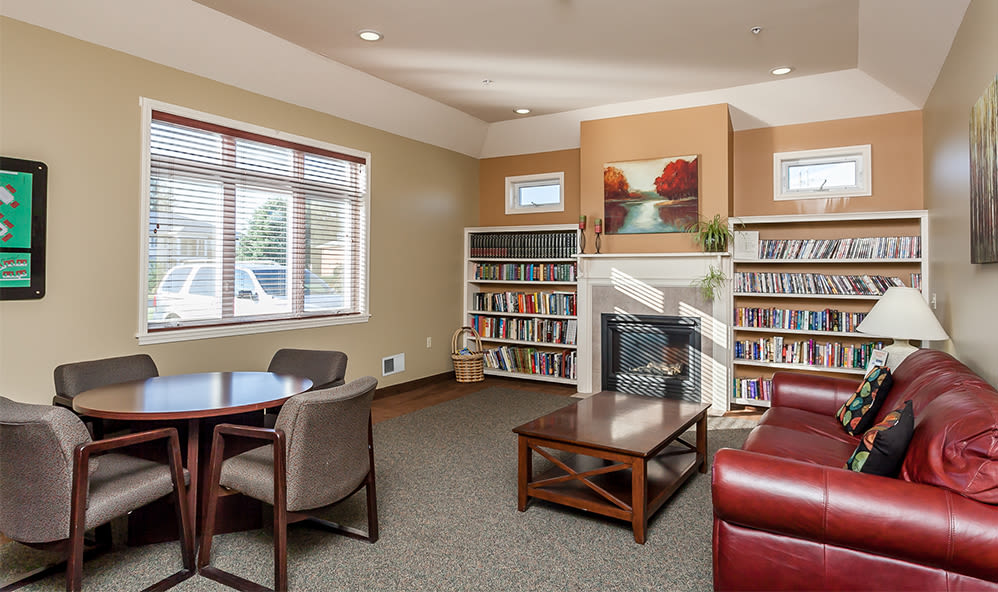 Clubhouse at CenterPointe Apartments and Townhomes in Canandaigua