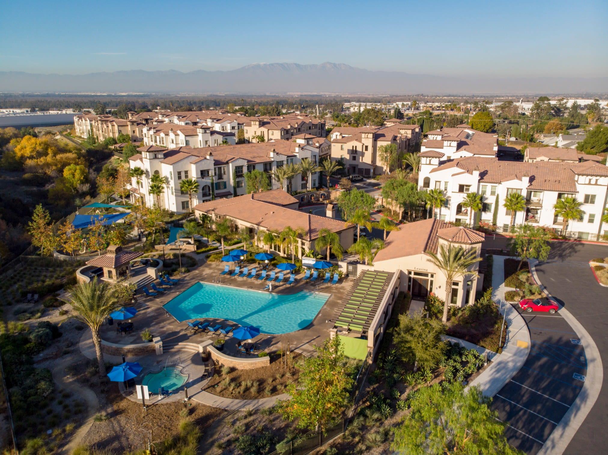 An aerial view of Palisades Sierra Del Oro, showcasing it's luxury resort-inspired community amenities.