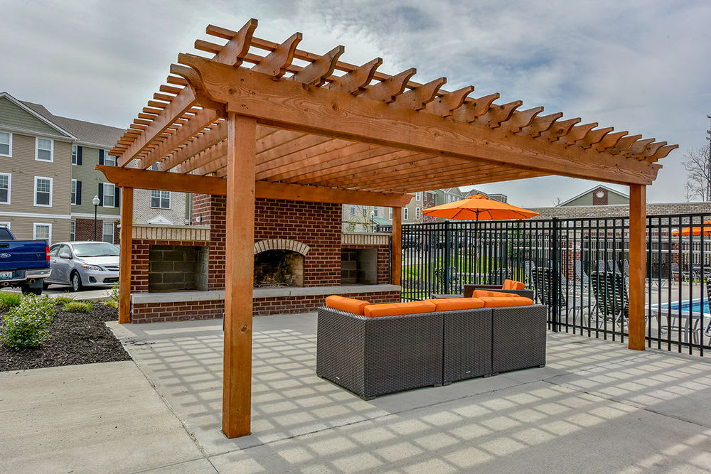 A bbq area that is great for entertaining at Overlook Apartments in Elsmere, KY
