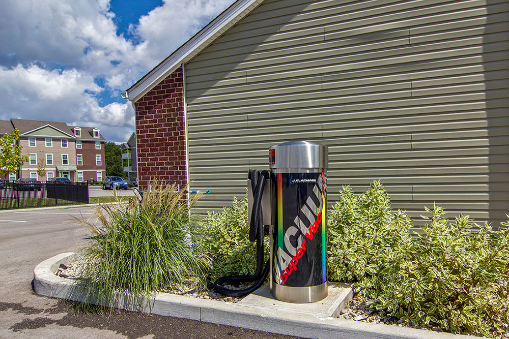 Car care area at apartments in Elsmere, KY