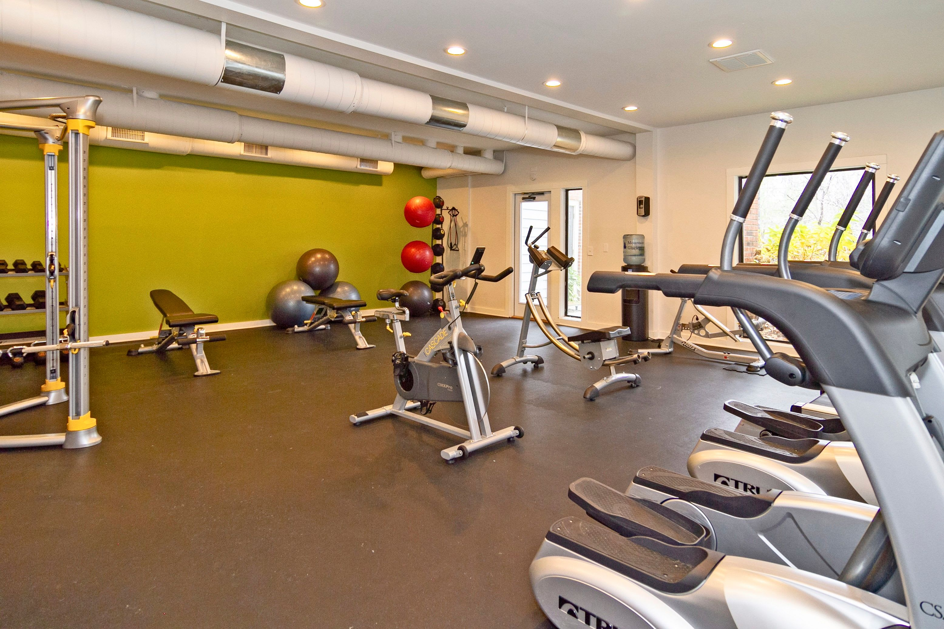 Luxurious fitness center at Lyric on Bell in Antioch, Tennessee