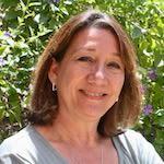 Dana Barcelona-Bonner, leasing director at Regency Park Astoria