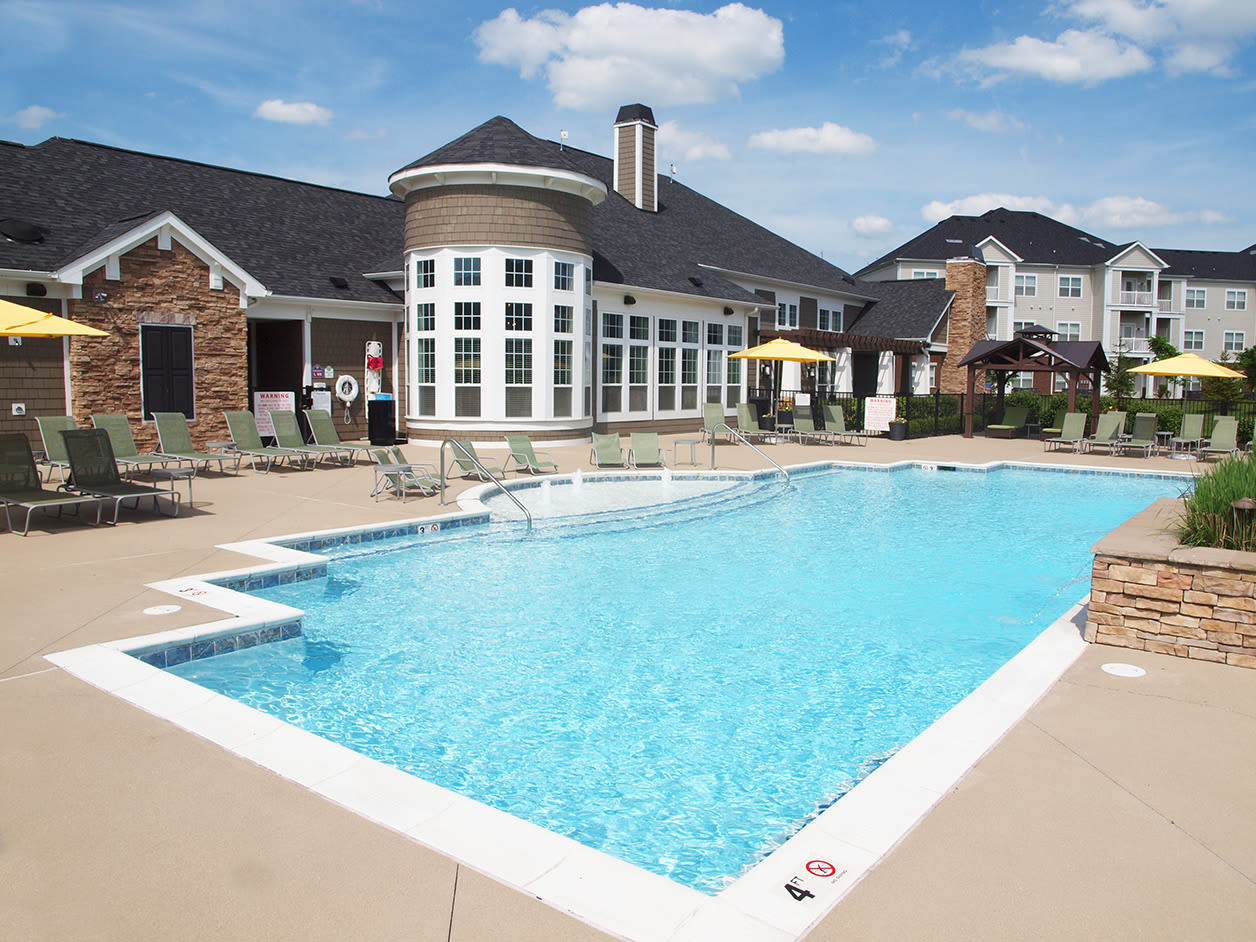 Outdoor pool at Meridian on Shelbyville in Louisville, Kentucky