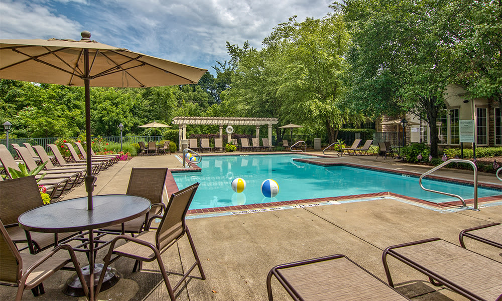 Pool at Highlands of Montour Run in Coraopolis, Pennsylvania