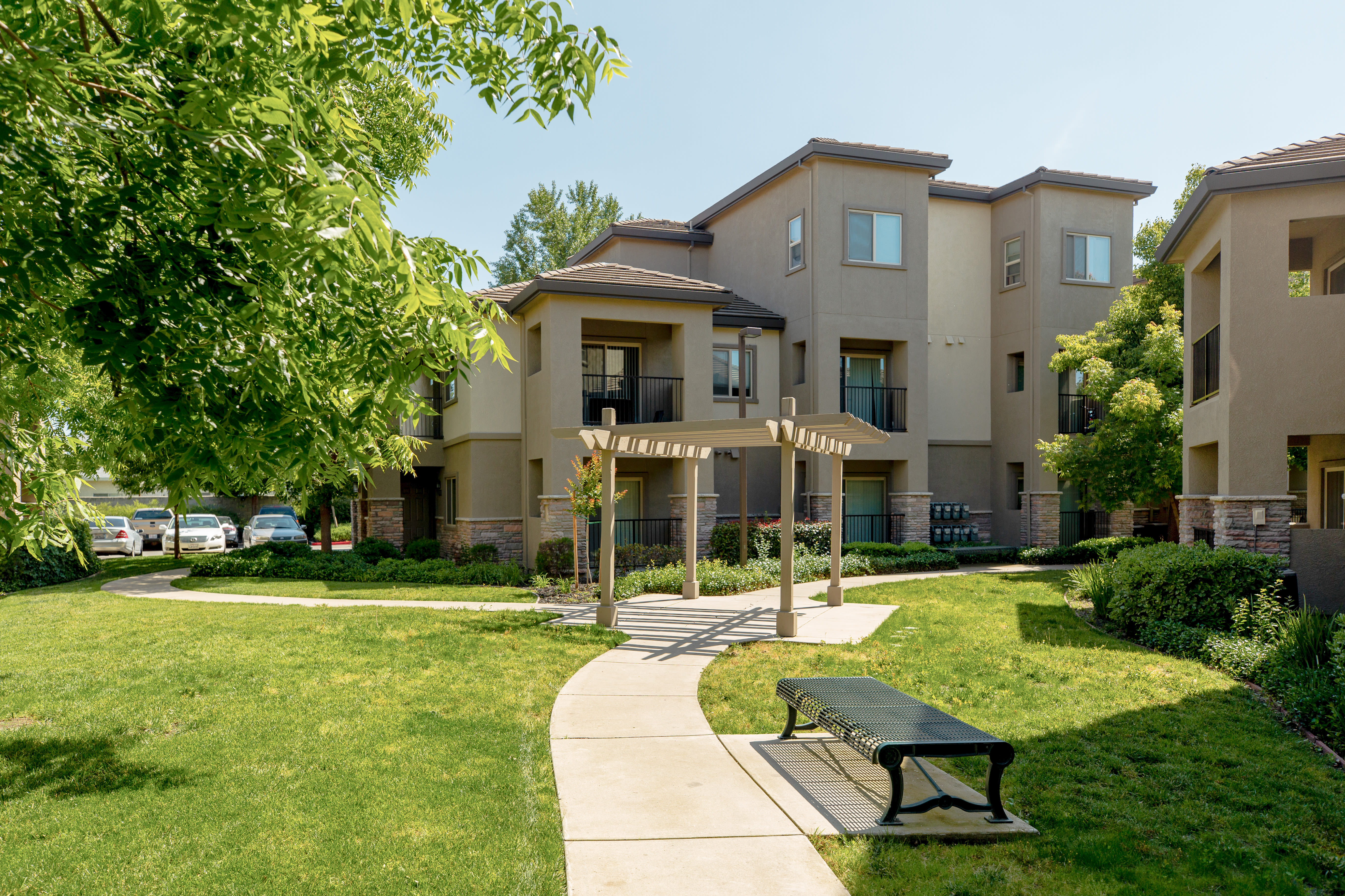 View photos of our luxurious property at Wolf Ranch Condominium Rentals in Sacramento, CA