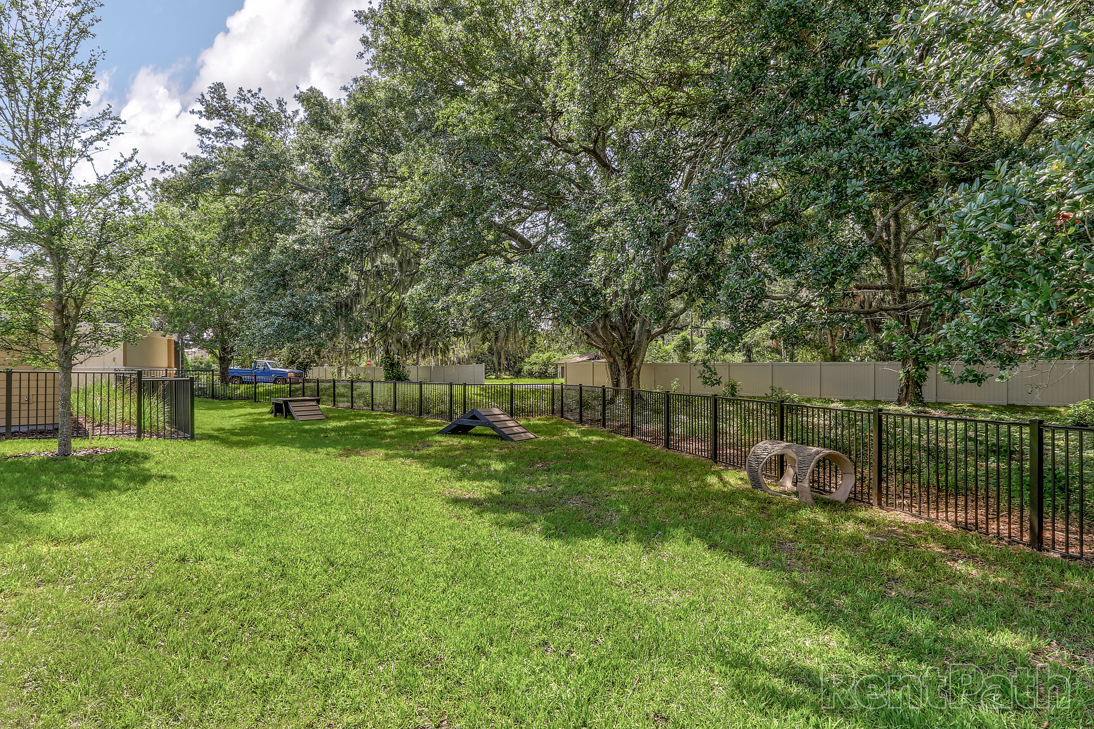 Outdoor Pet Area at Lola Apartments in Riverview, FL