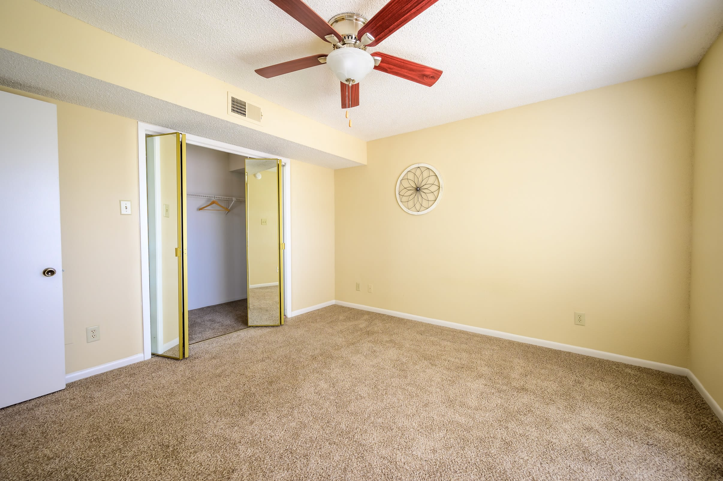 Open-concept floor plan with washer and dryer at Laurel Heights at Cityview in Fort Worth, Texas