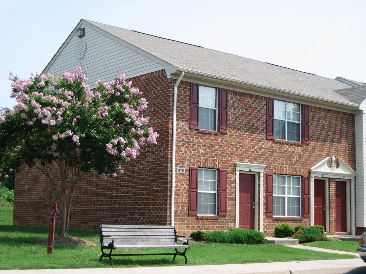 Garden Style Apartments at Meadowridge Apartments in Franklin, VA
