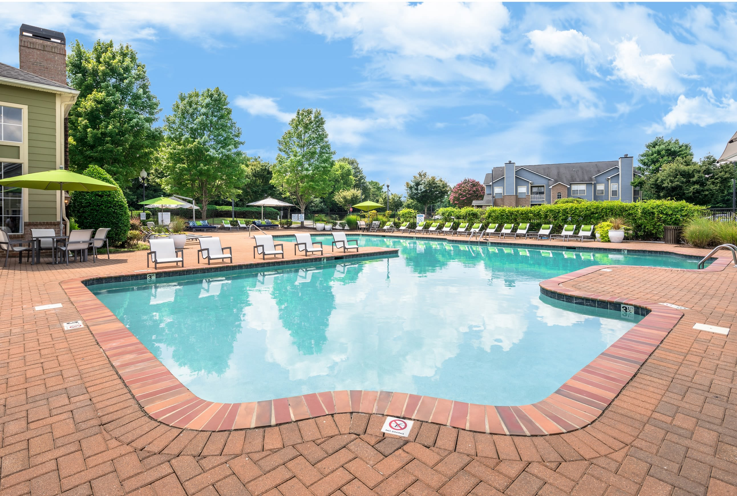 Resident pool at Highlands at Alexander Pointe in Charlotte, North Carolina