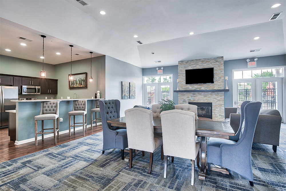Clubhouse entertainment space at Overlook Apartments