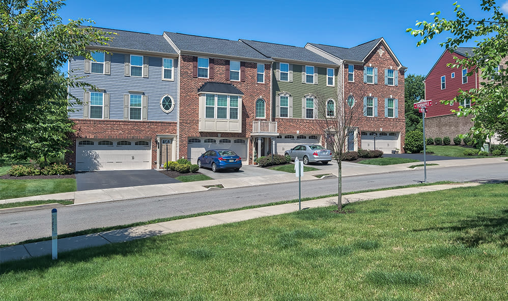 Exterior view of apartments in Cranberry Township, Pennsylvania