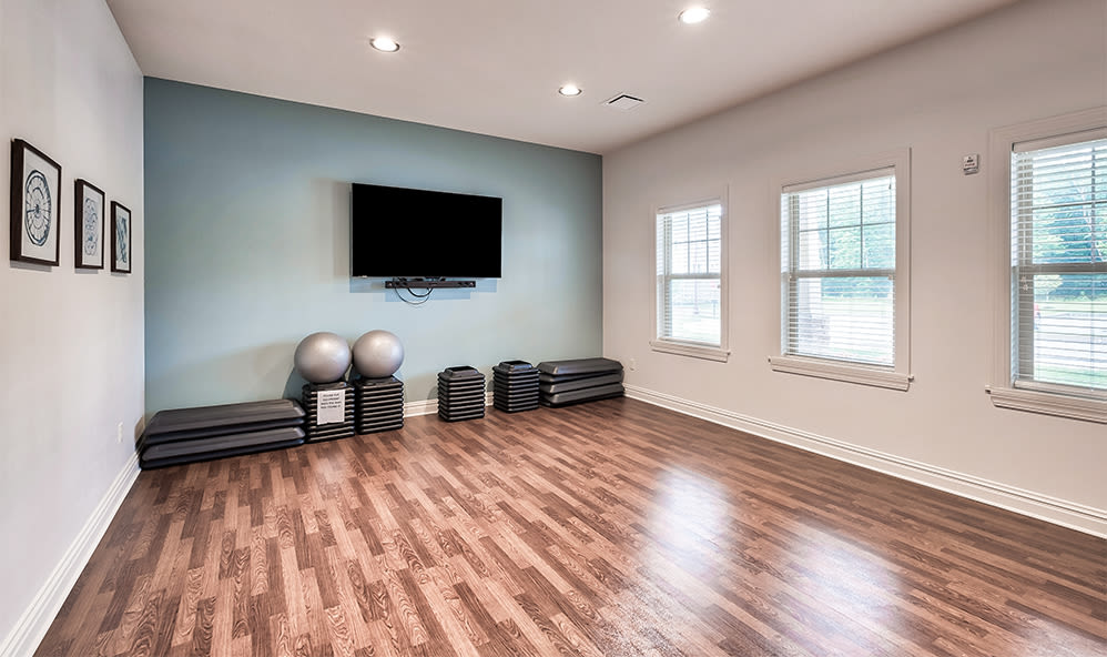 Fitness center at apartments in Cranberry Township, Pennsylvania