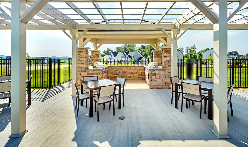 Luxury bbq area at Rochester Village Apartments at Park Place in Cranberry Township, PA