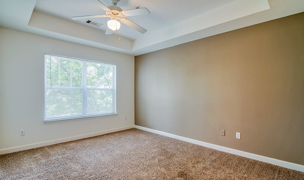 Spacious floor plans at Crescent at Wolfchase home in Memphis, TN