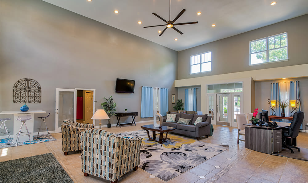 Spacious clubhouse area at Crescent at Wolfchase in Memphis, Tennessee