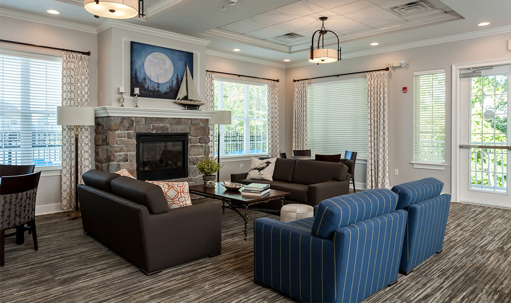 Clubhouse seating at Waters Edge Apartments in Webster, New York
