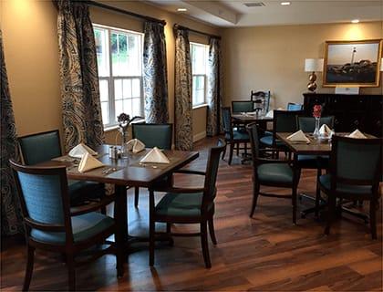 Marquette senior living dinig