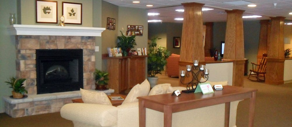Calumet senior living includes a comfortable lobby.