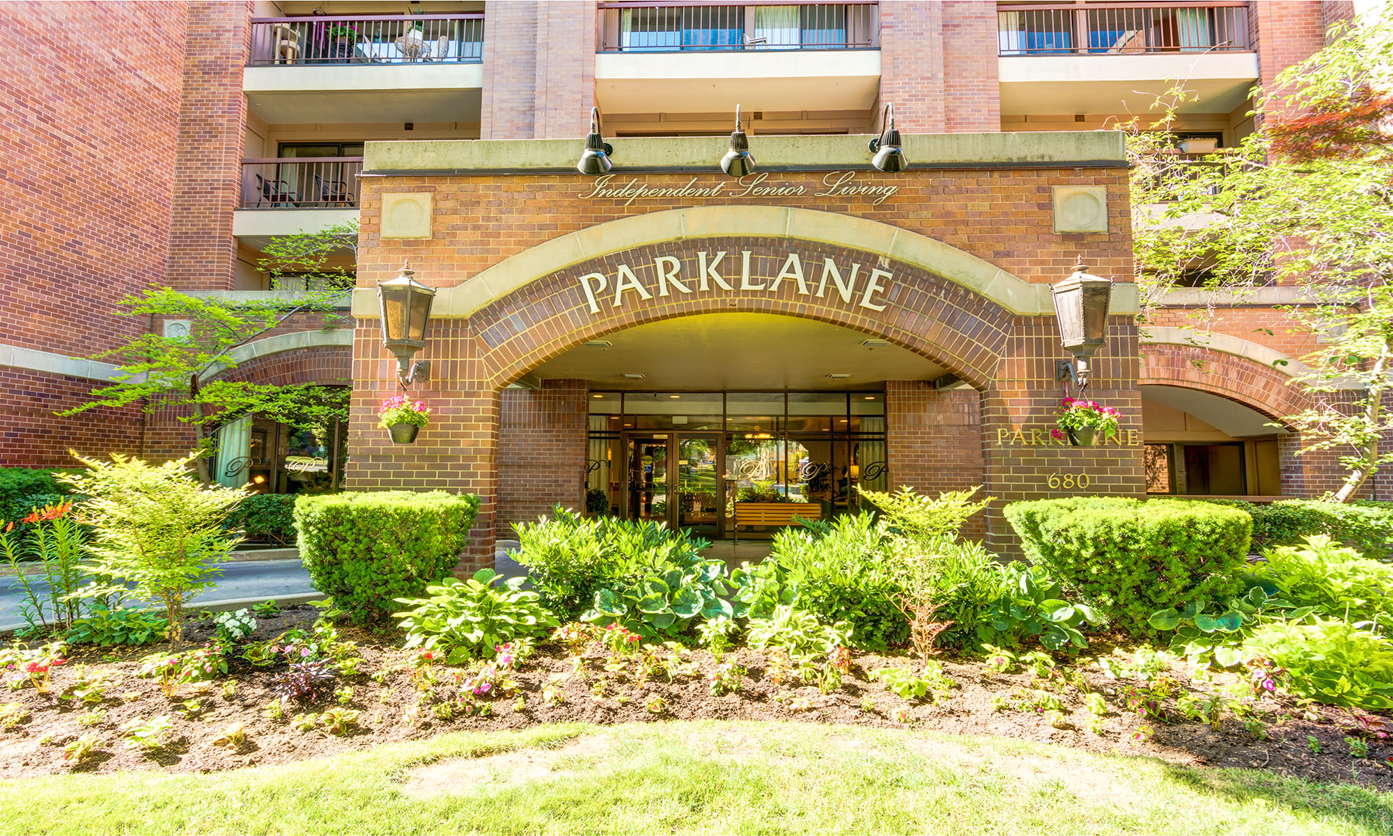 Senior living at The Wentworth at Parklane in Salt Lake City, Utah