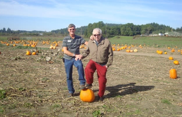 senior residents at the pumpkin patch