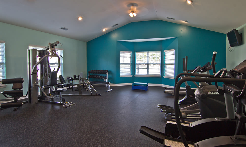 Fitness center at The Overlook at Golden Hills in Lexington, South Carolina