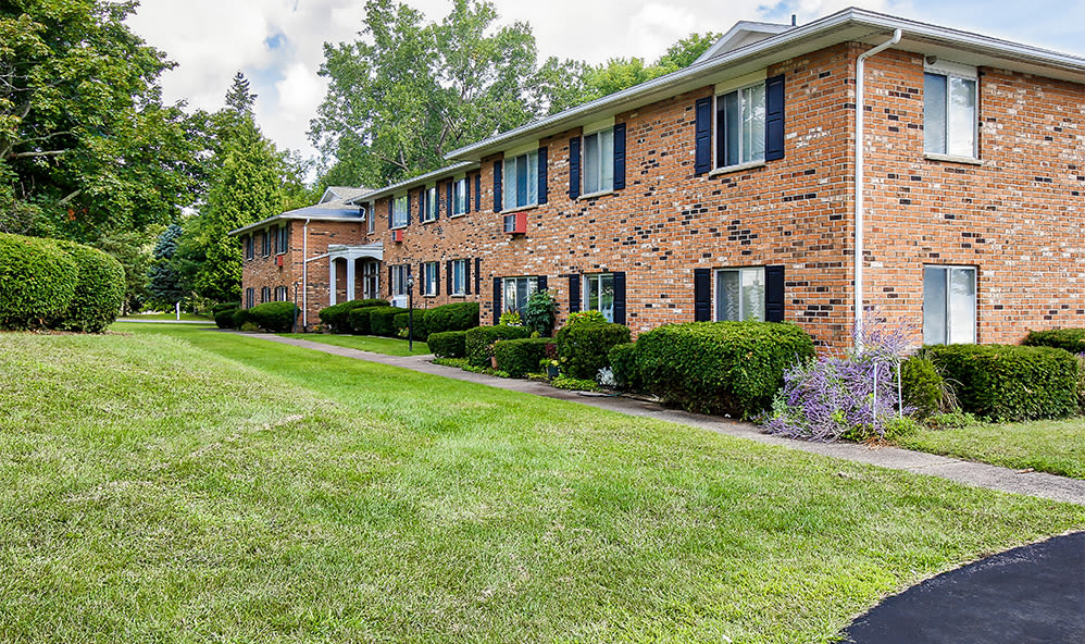 Exterior at Knollwood Manor Apartments in Fairport, NY