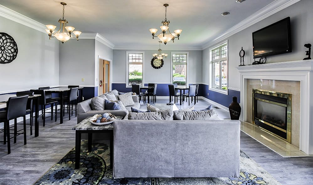 Great for entertaining clubhouse at Knollwood Manor Apartments in Fairport, NY