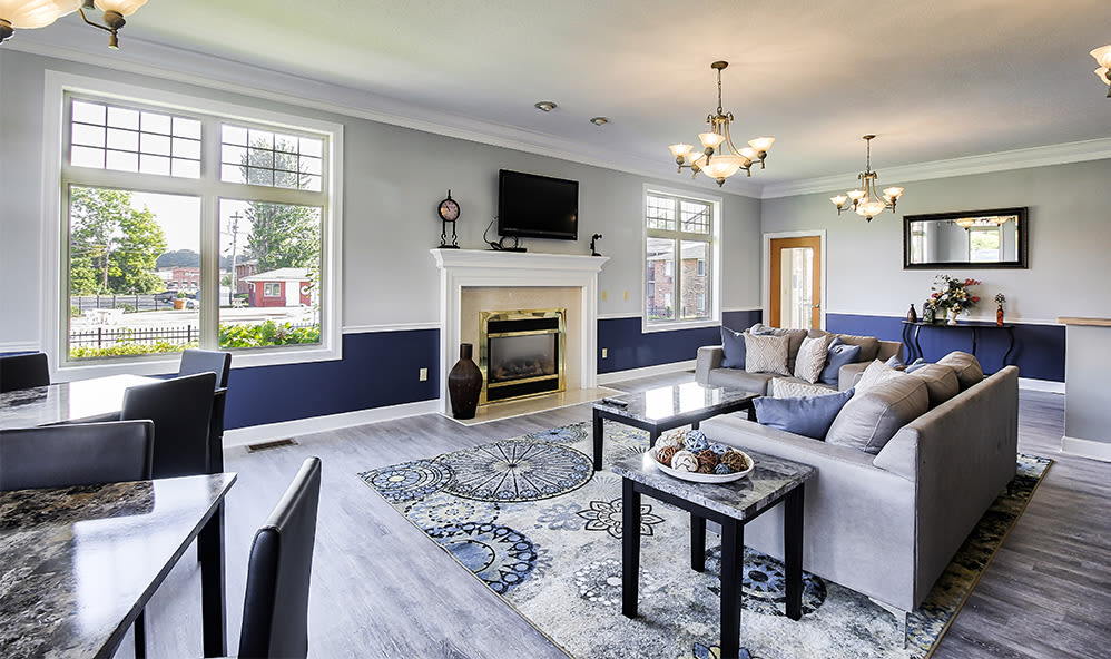 Clubhouse at Knollwood Manor Apartments in Fairport, NY