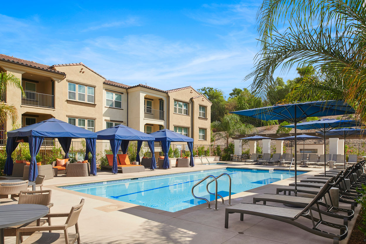 Sparkling swimming pool at The Trails at Canyon Crest in Riverside, California