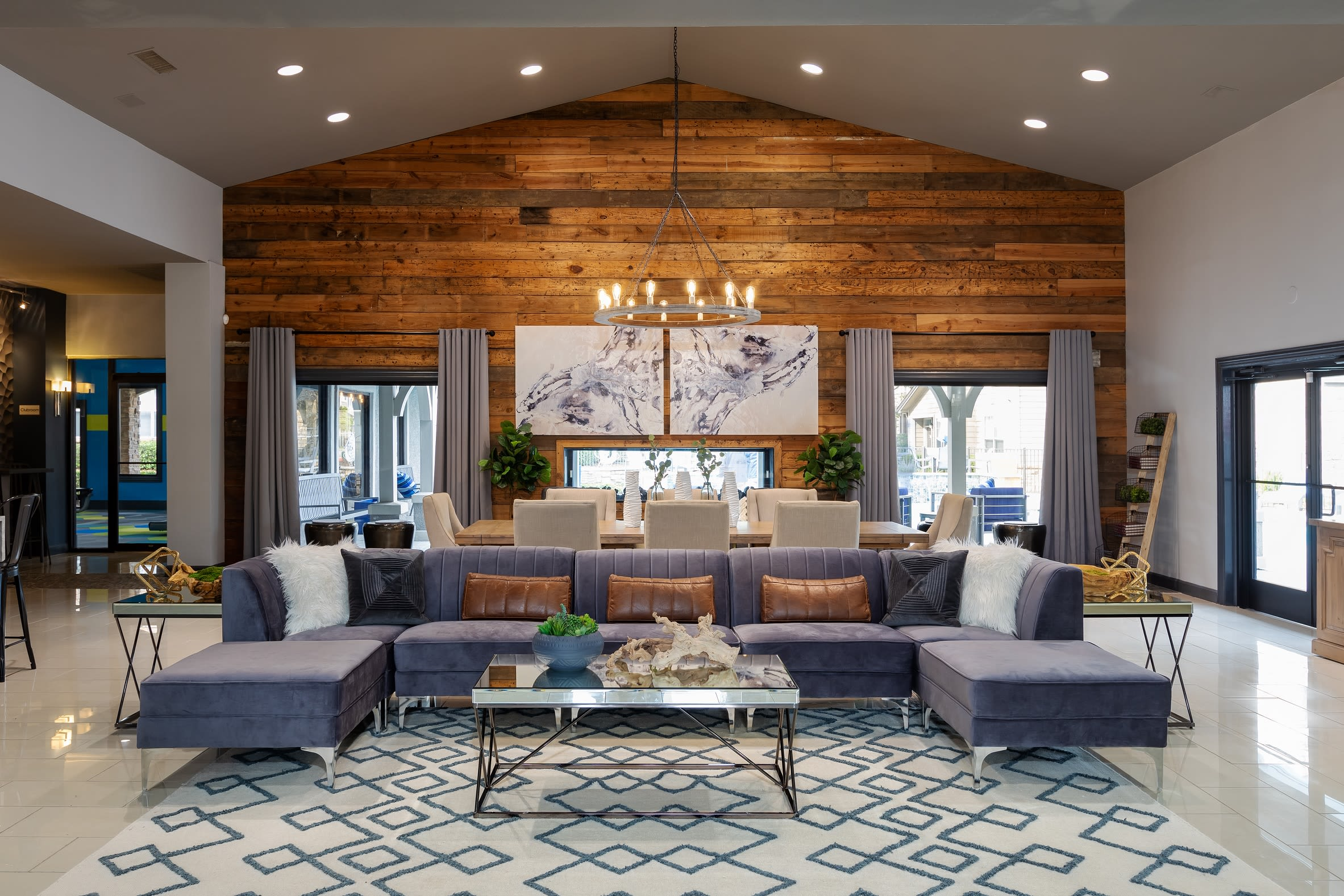 Apartments at Artisan at Lake Wyndemere in The Woodlands, Texas