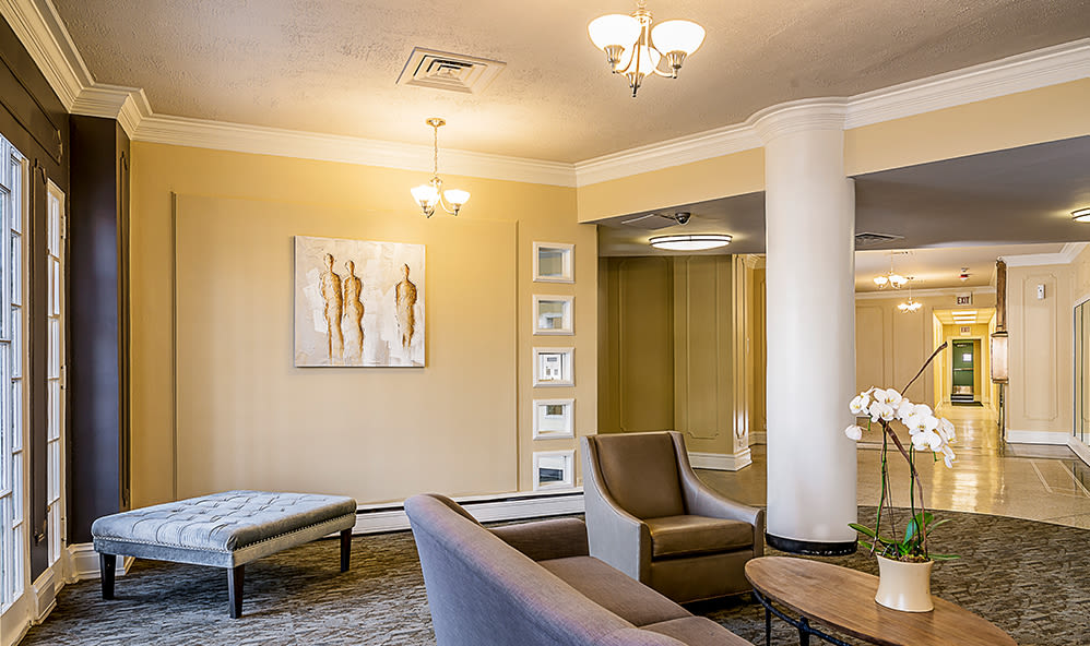 Lobby area at 7100 South Shore Apartment Homes in Chicago, Illinois