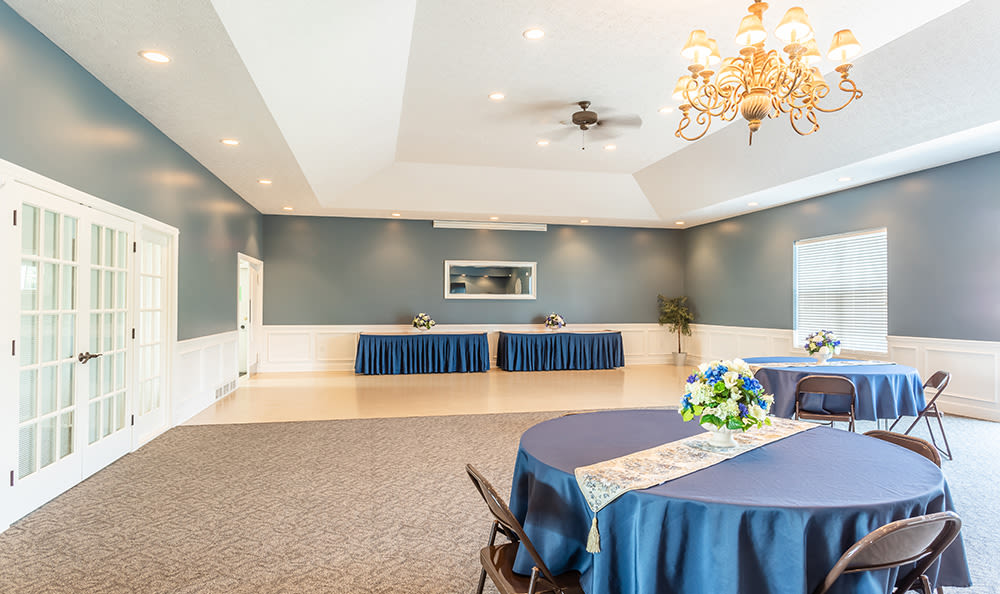 Avon Commons offers a spacious clubhouse in Avon, New York