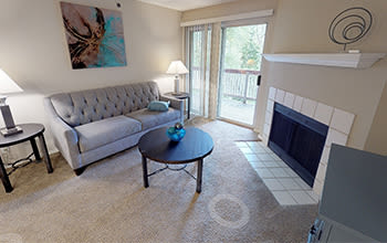 Virtual tour of a two bedroom apartment at Club at North Hills in Pittsburgh, Pennsylvania