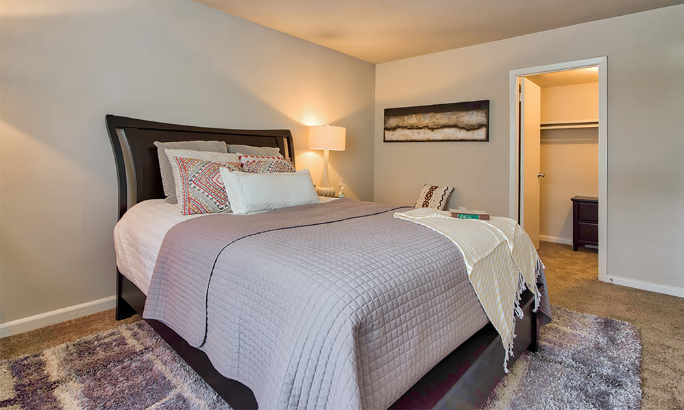 Bedroom with walk-in closet at Eagle's Crest Apartments in Harrisburg, Pennsylvania