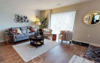 Virtual tour of a two bedroom apartment at Eagle's Crest Apartments in Harrisburg, Pennsylvania