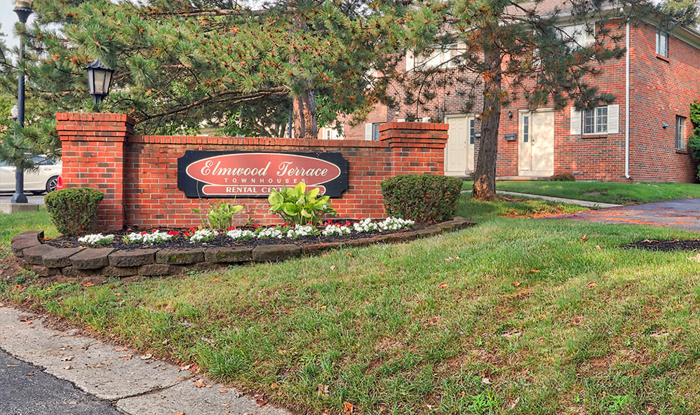 Sign to Elmwood Terrace Apartments & Townhomes in Rochester, New York