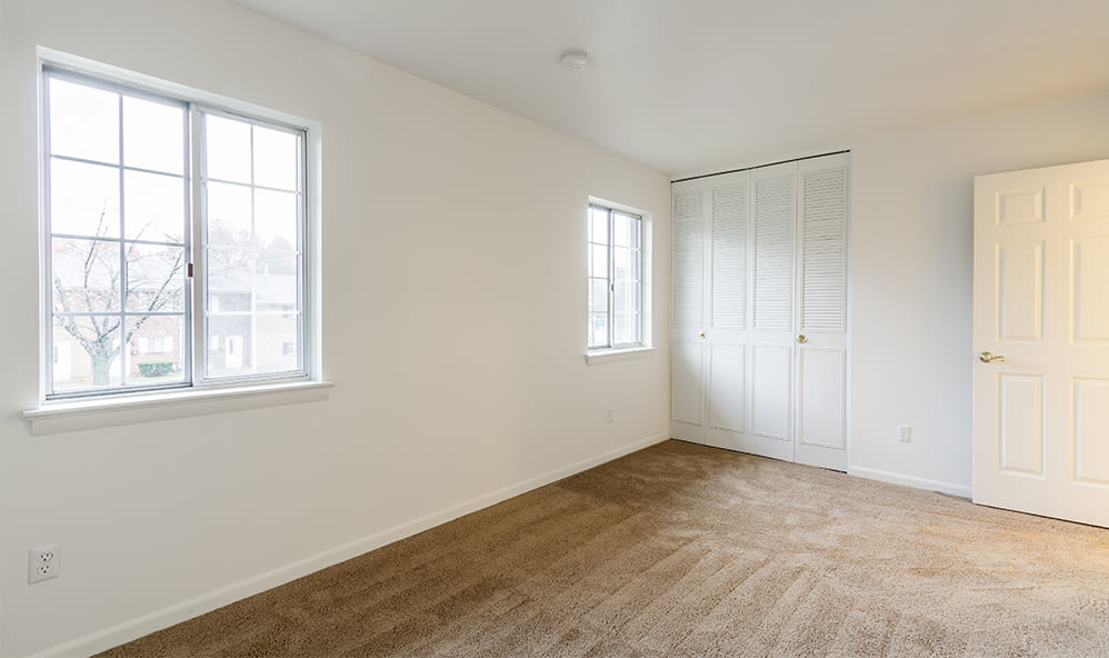 Open floor plan space at Elmwood Terrace Apartments & Townhomes in Rochester, New York
