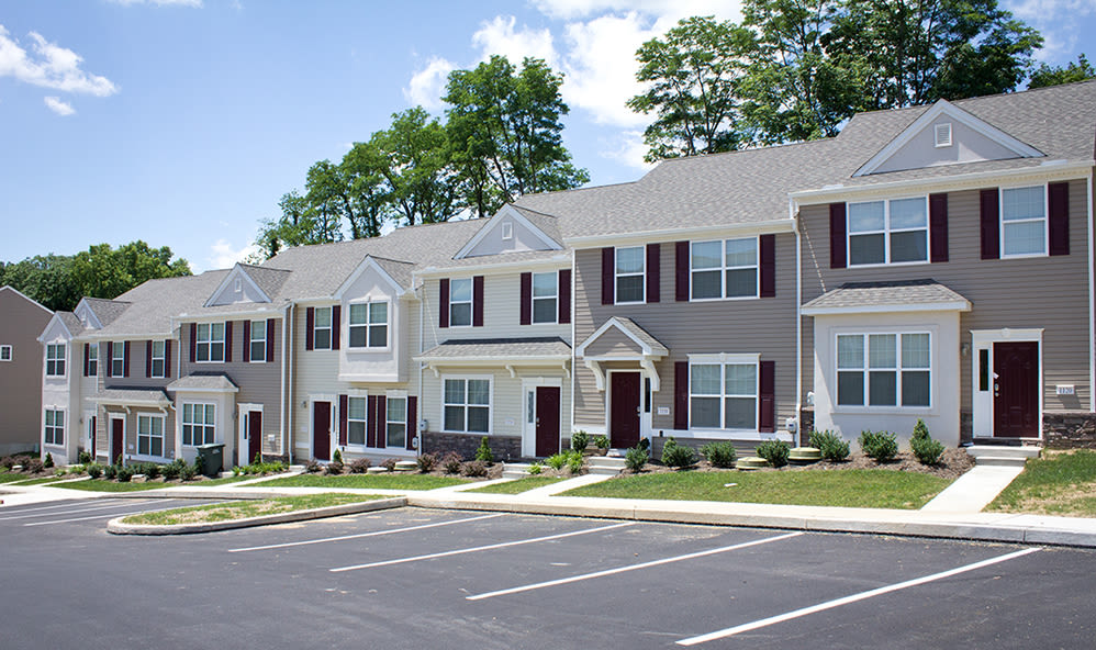 Front of Emerald Pointe Townhomes' buildings in Harrisburg, Pennsylvania