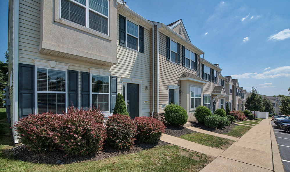 Exterior of Emerald Pointe Townhomes in Harrisburg, Pennsylvania