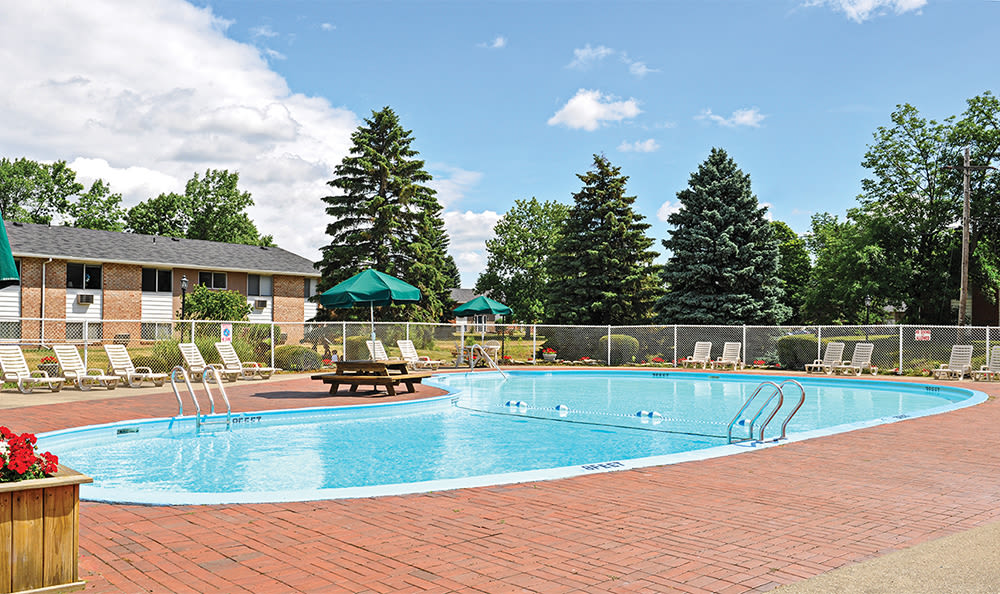 Resort-style swimming pool at Glenbrook Manor in Rochester, New York